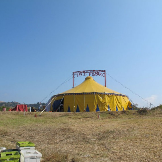 Circo-Paniko-01